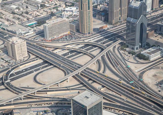 Jättekorsning på Sheykh Zayed road.